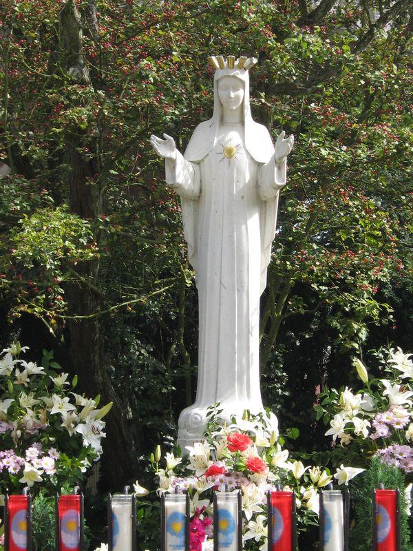 Une minute avec Marie, http://www.uneminuteavecmarie.com 37378900