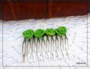 accessoires_coiffure_peigne_en_metal_argente_et_fleurs_523791_p9067990_60fb0_big