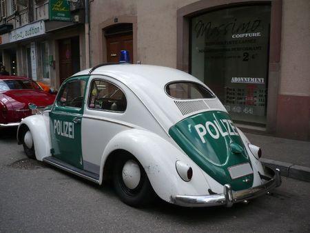 VOLKSWAGEN Coccinelle ovale Polizei Molsheim (2)