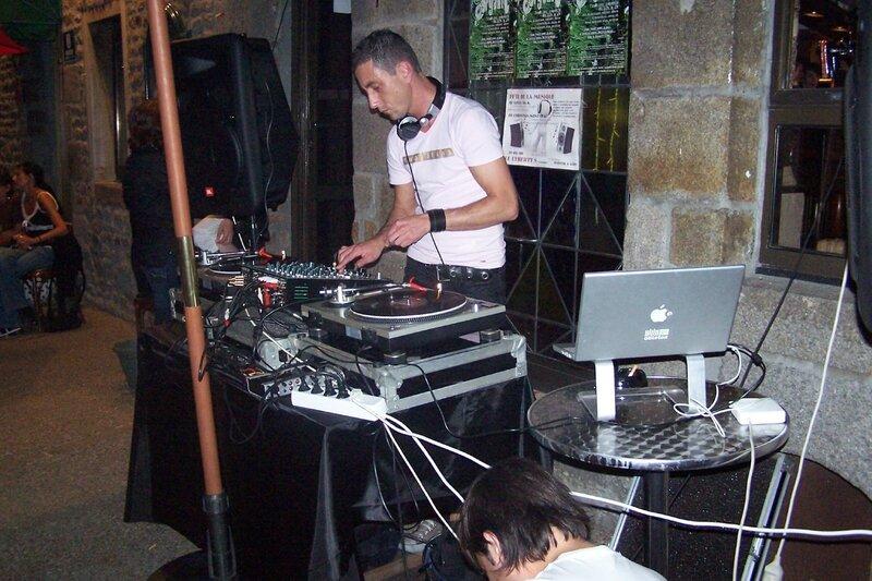 Fête de la musique Avranches DJ electro 2008