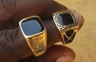 "LA BAGUE DE SÉDUCTION ""LONLON"" DU MEDIUM MARABOUT AFRICAIN COMPETENT ASSOU"