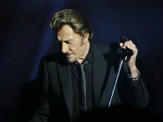 Vieilles-Canailles-Johnny-Hallyday-a-deux-doigts-de-renoncer-a-un-concert_exact540x405_l