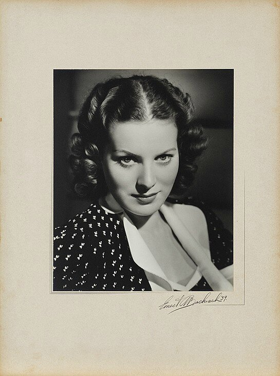 lot078-maureen_o_hara_by_bachrach-1