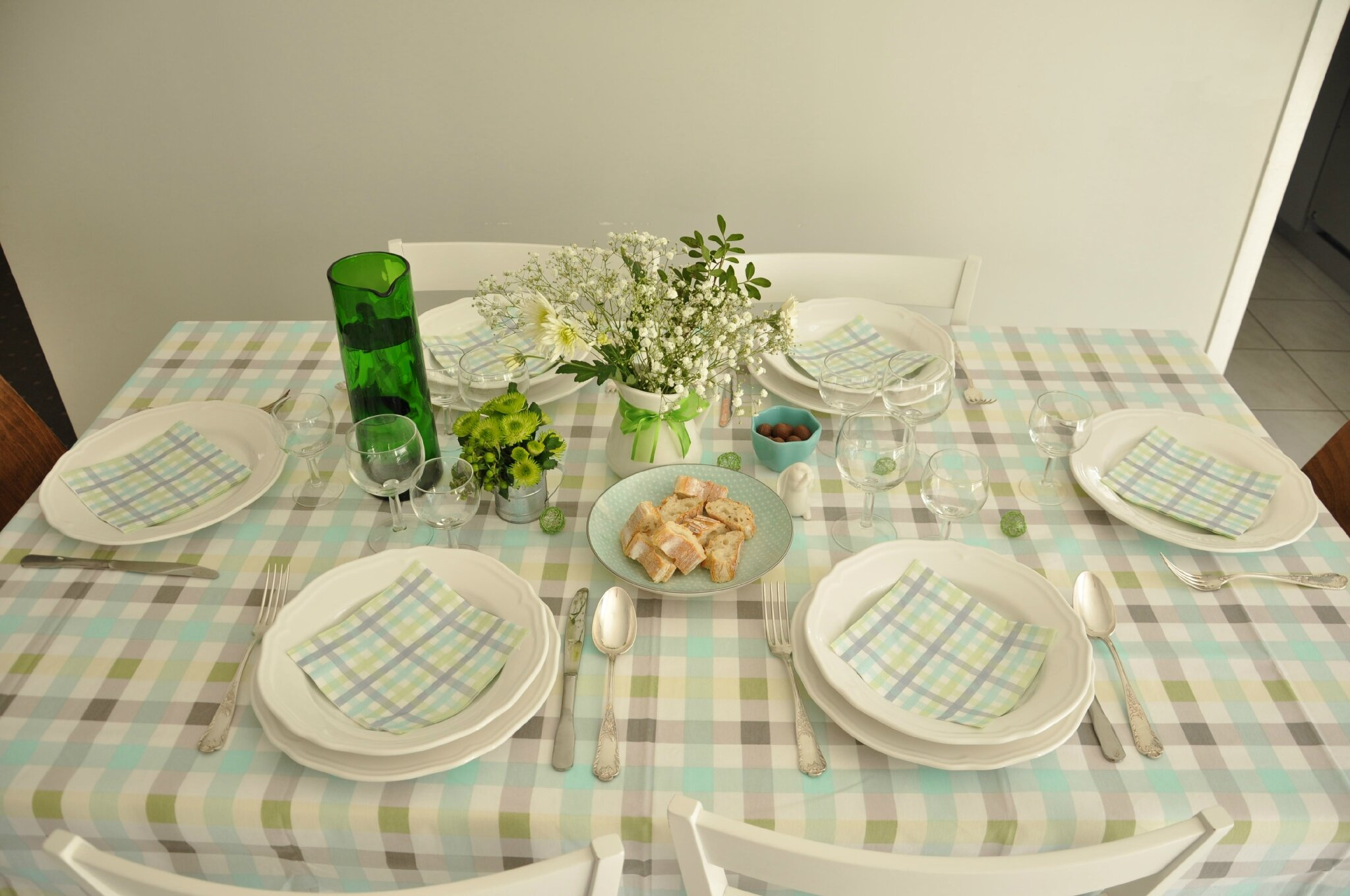 A défaut d'y être enfin, j'ai inviter le printemps à notre table