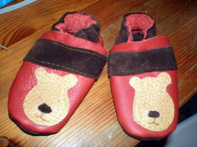CHAUSSONS_OURS_ROUGE