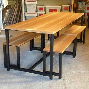 table géante chene acier