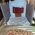 tapis de jeu chateau en feutrine fait main foldingo, handmade fold and go felt castlel play mat (15)