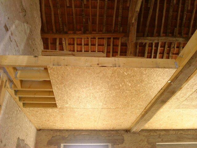 La r novation d 39 une grange en maison d 39 habitation - Faire un ragreage sur plancher bois ...