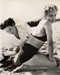 1952_ClashByNight_bikini_01_set_011_010_1