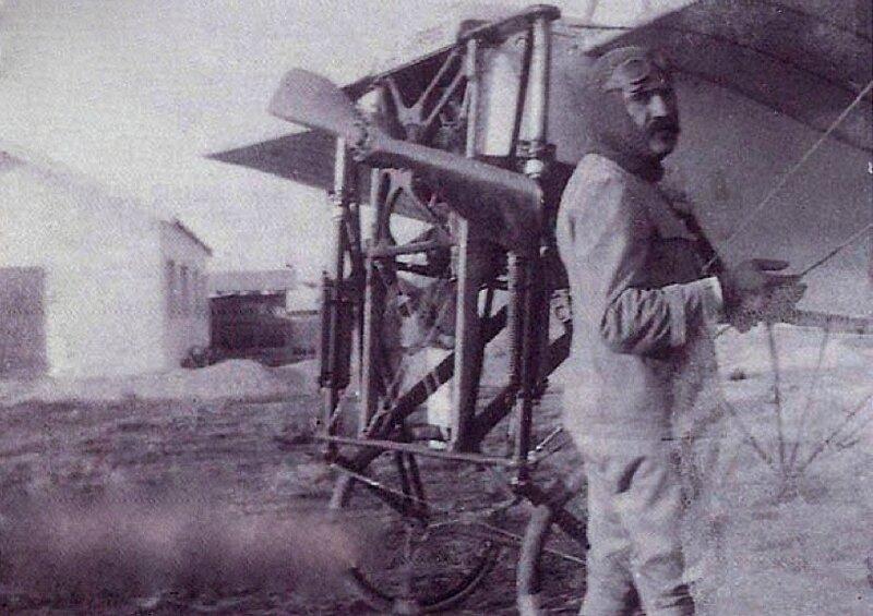 lieutenant-LaMorlais-1913