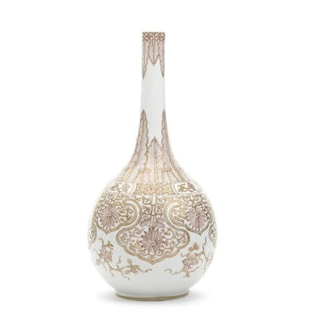 A 'rouge-de-fer' bottle vase, Kangxi