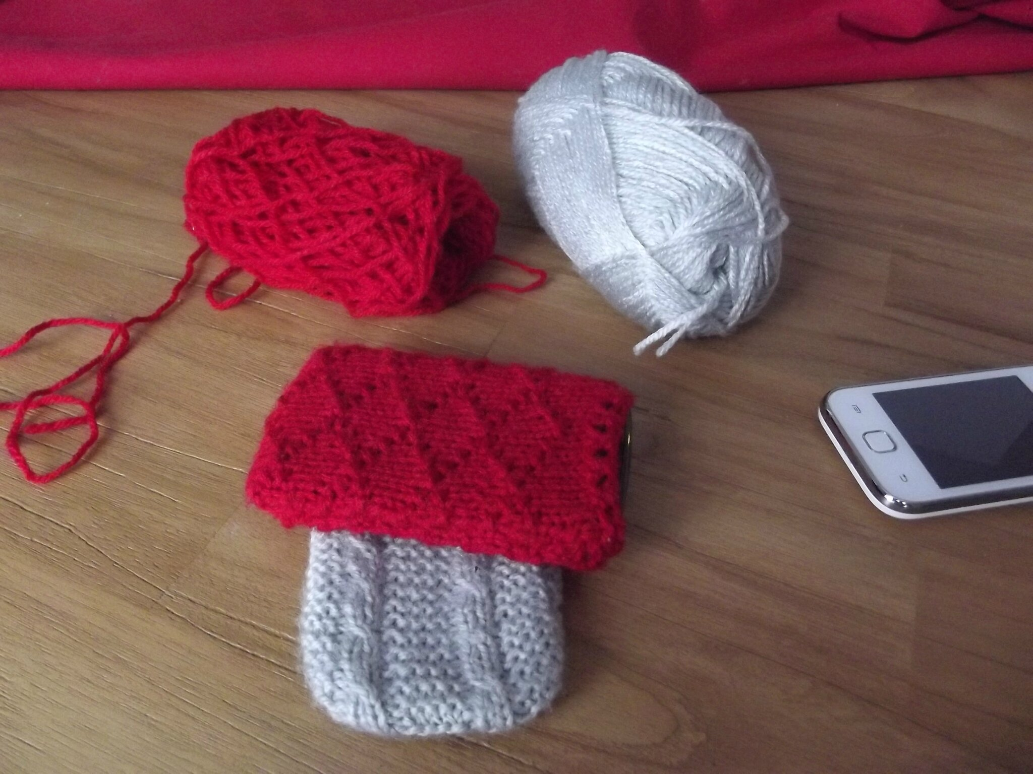 modele tricot housse portable