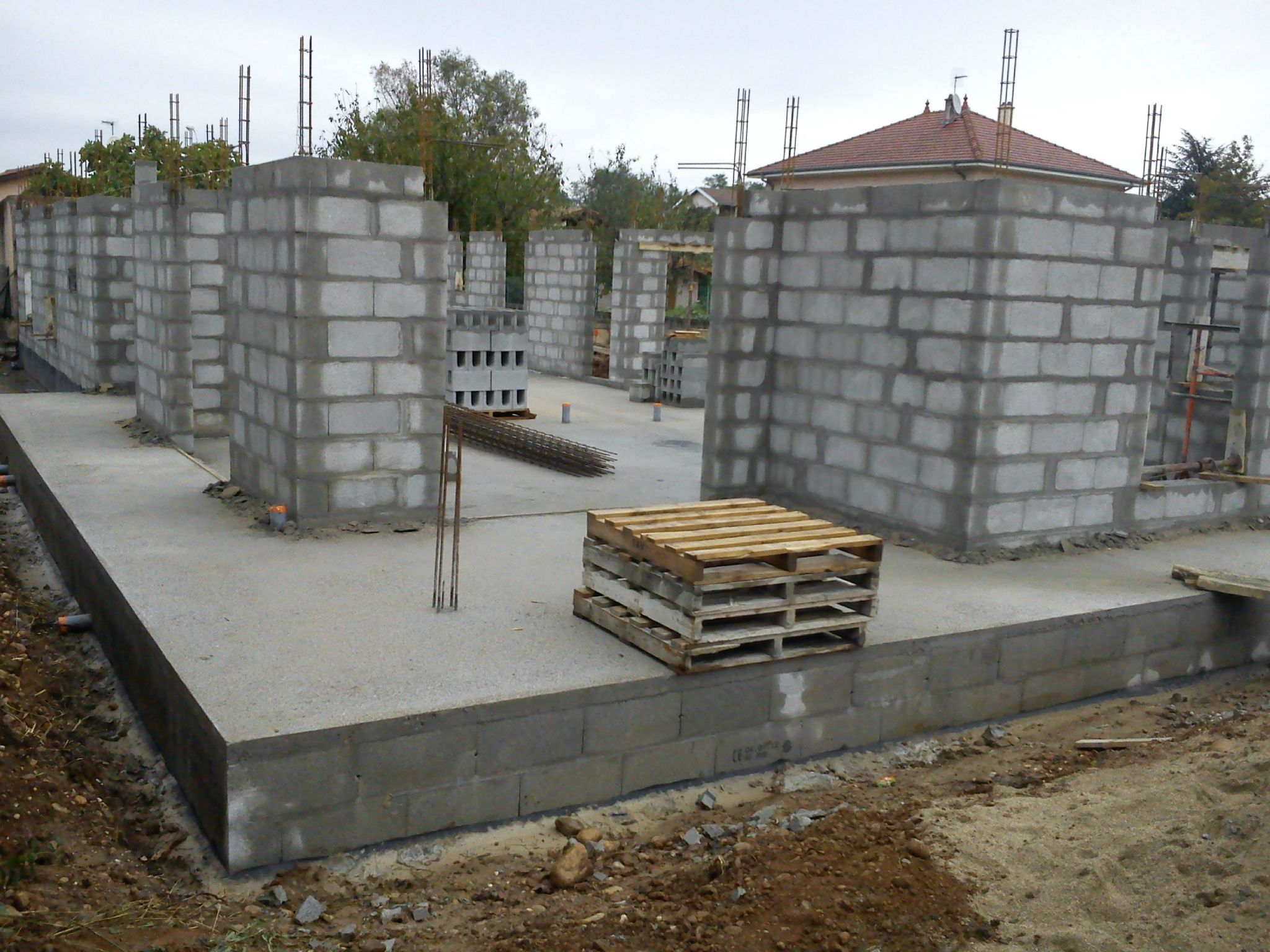 murs vue sur la terrasse construction maison sp. Black Bedroom Furniture Sets. Home Design Ideas