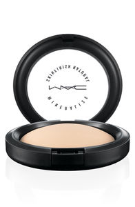 MAC_MineralizeSkinfinishNatural_Light