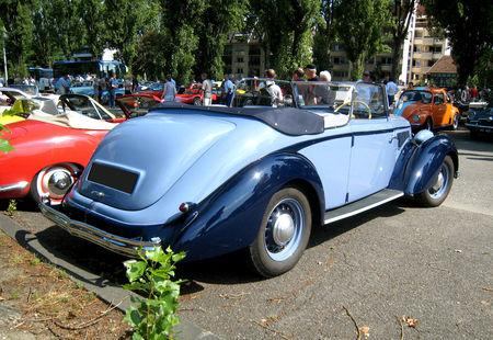 Hotchkiss_Biarritz_convertible_de_1939__Retrorencard_juillet_2009__02