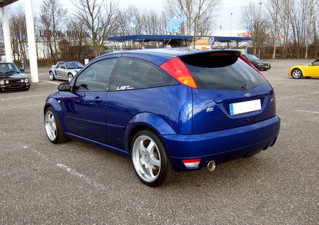 Ford_Focus_RS__Rencard_de_la_Vigie__02
