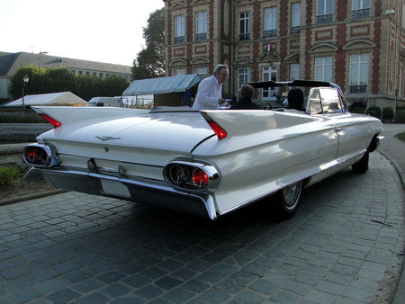 CADILLAC Series 62 Convertible 1961 American Car Festival ACCF Ecquevilly 2009 2