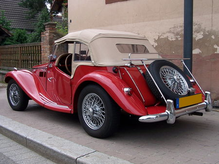 MG_TF_1500_Roadster__2_