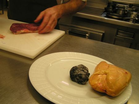2012 11 29 cours de cuisine sur la truffe -Auberge de la truffe de Sorges (1)