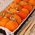 Tarte à l'abricot, pistache & miel
