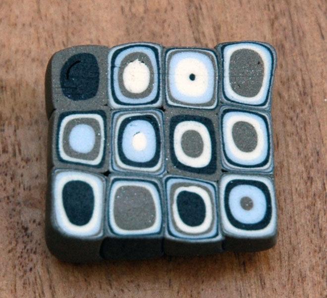 Cane motifs géométriques au Clay Gun ton marron