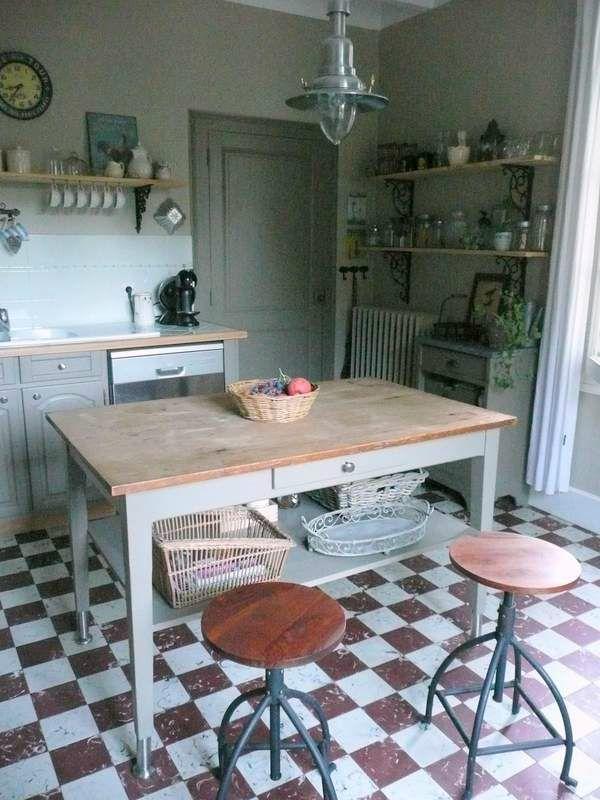 Table haute la petite maison for Petite table haute cuisine
