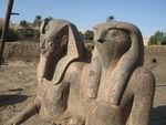 Amenophis_III_et_Horus___Kom_el_Hittan_