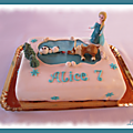 Gâteau reine des neiges, olaf et sven sur la glace...