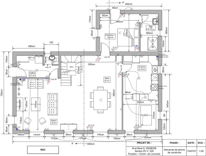 Voici une description d taill e de la maison house for for Plan maison suite parentale rdc