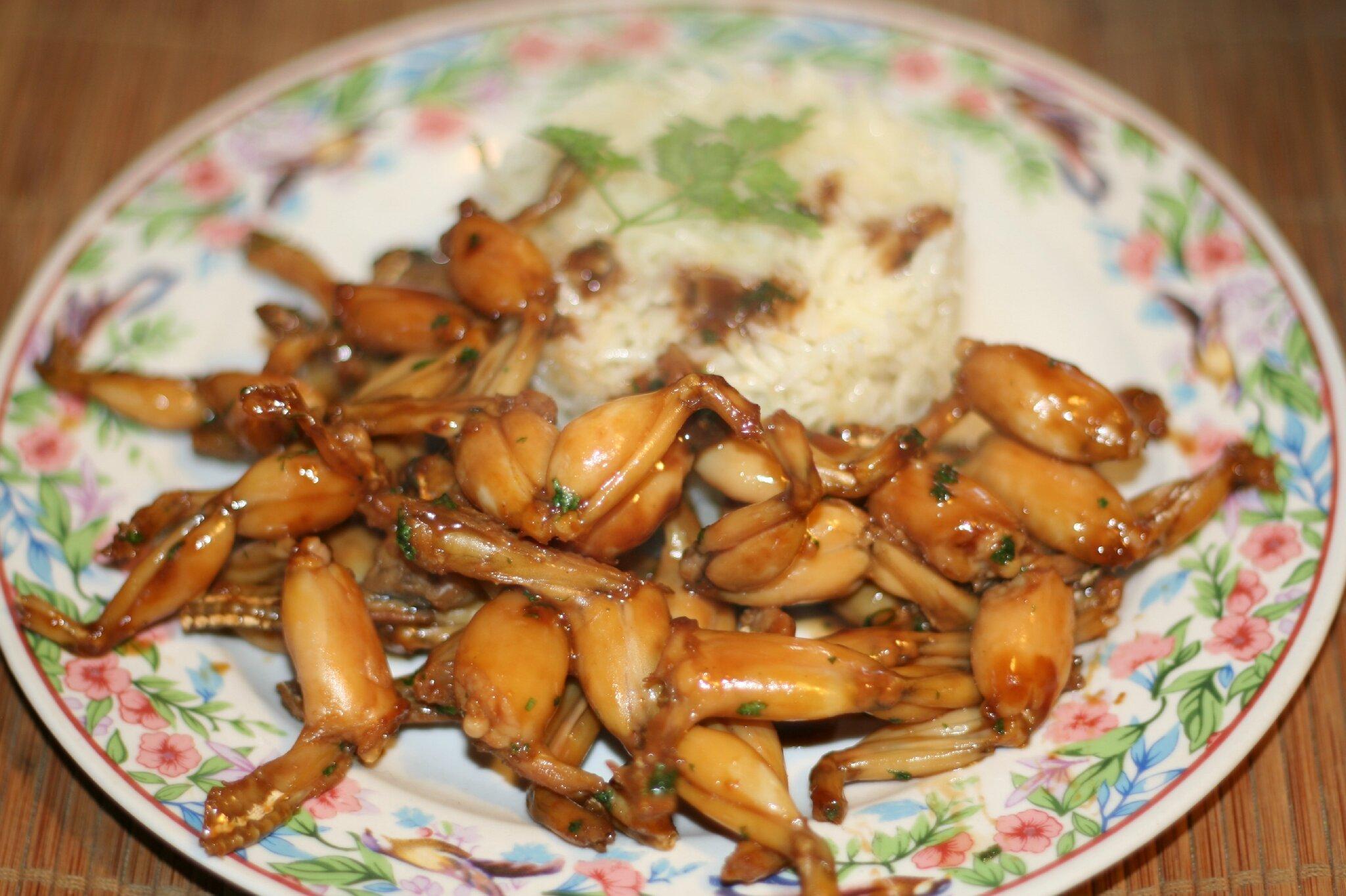 cuisses de grenouilles sautées à la cambodgienne - amafacon