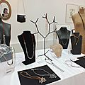 Idees de cadeaux de noël à partir de 15 € à la galerie le hangar aujourd'hui vendredi 22 et demain samedi 23 décembre