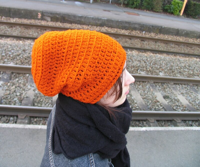 slouch orange Eva 1