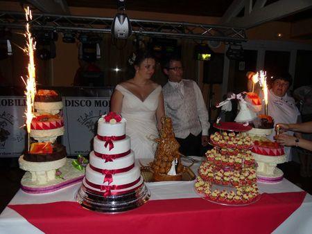 Mariage de Marilyne et Xavier 2 Juin 2012 - Julias Wedding Cakes ...