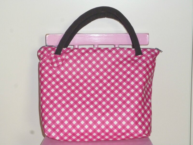 Sac rose de face