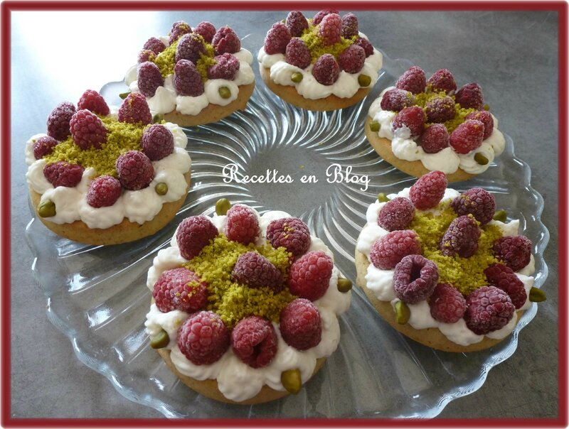 financiers pistaches framboises chantilly2