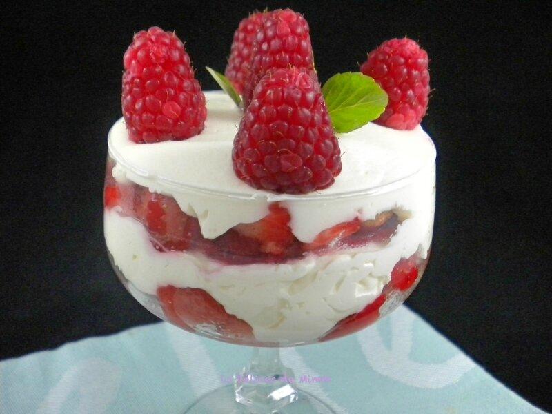 Tiramisu express aux fraises et aux framboises 2