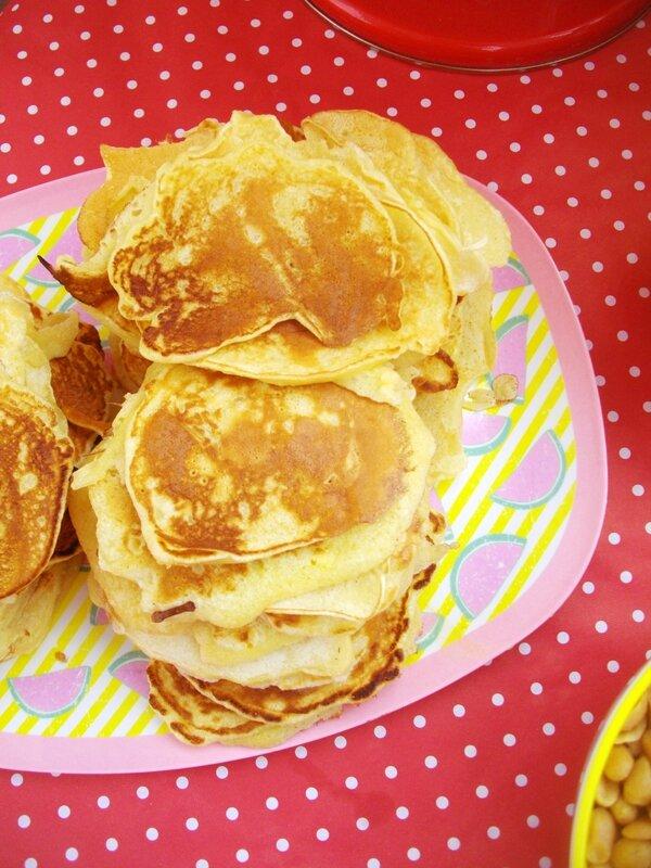 fluffy-pancake-brunch-assiette-plaeau-rice-pastèque