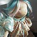 Poupée waldorf déa doll disponible