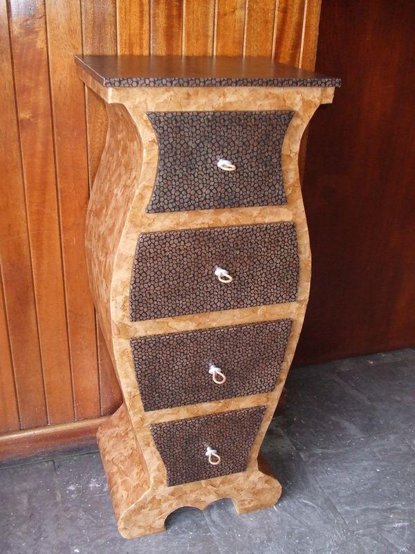 meuble style africain en carton le petit atelier de. Black Bedroom Furniture Sets. Home Design Ideas