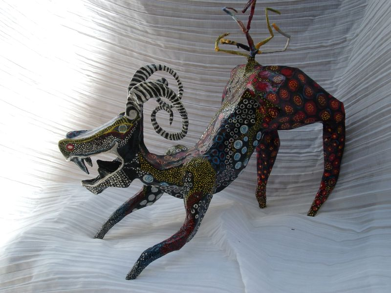 ch vre sculpture papier m ch photo de animaux interventions arts plastiques environnement. Black Bedroom Furniture Sets. Home Design Ideas