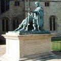 statue de Constantin, déclaré empereur à York