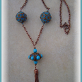 Collier blue zircon