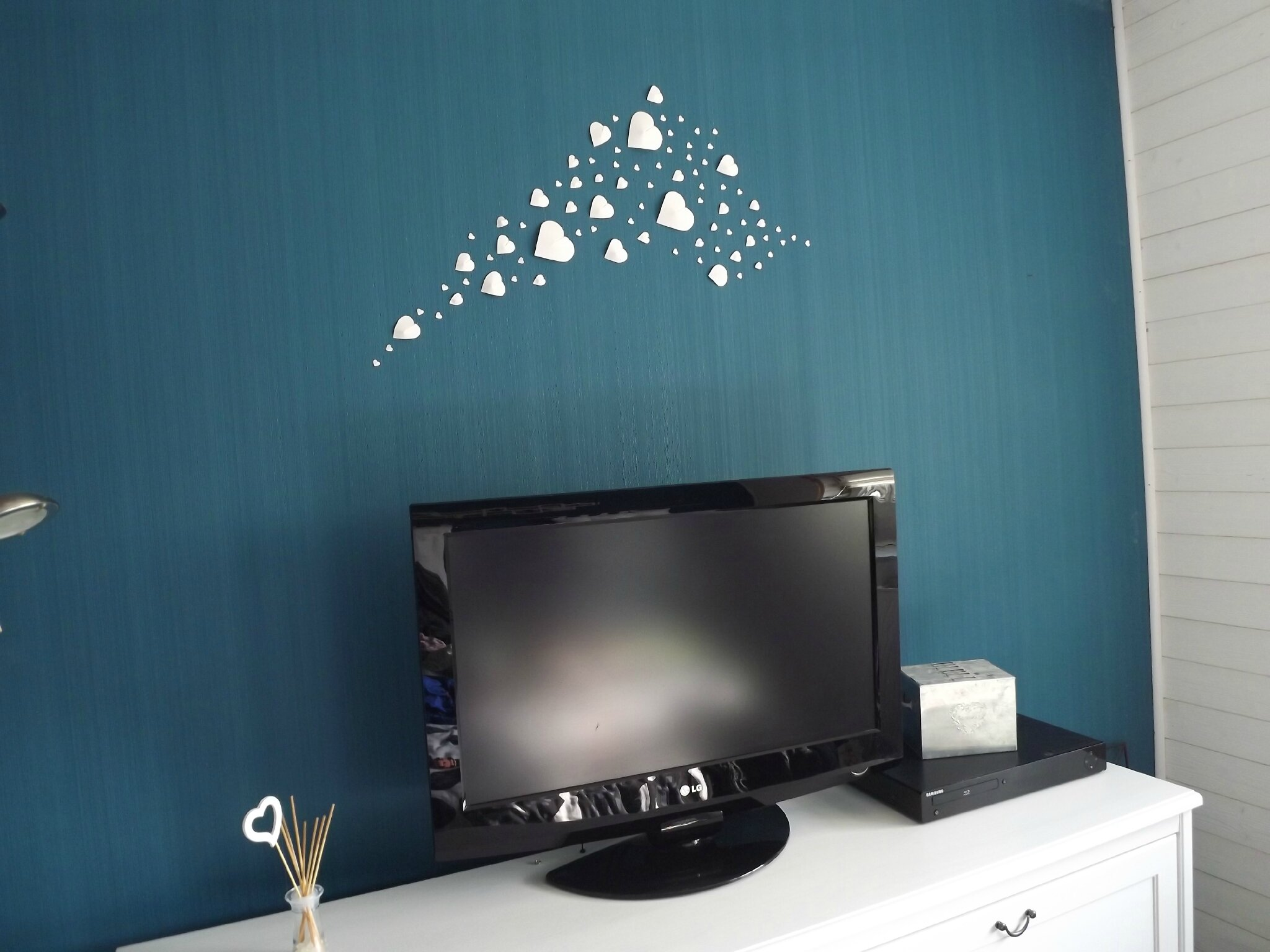 D co murale pas tr s banale un brin d 39 id es et de for Decoration murale diy