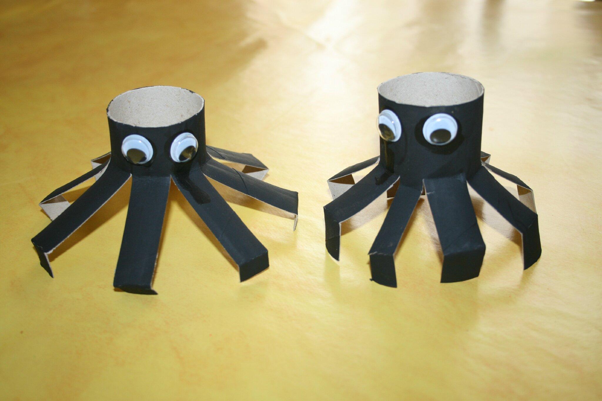 Fabuleux Araignées. - Les Lutins Créatifs, bricolage pour enfants. WC06