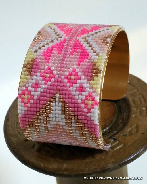 bracelet rose blanc