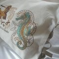 coussin brodé nautilus et papillon cle for jo by amd a coudre (4)