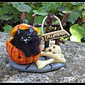 Le chat halloween sculpture