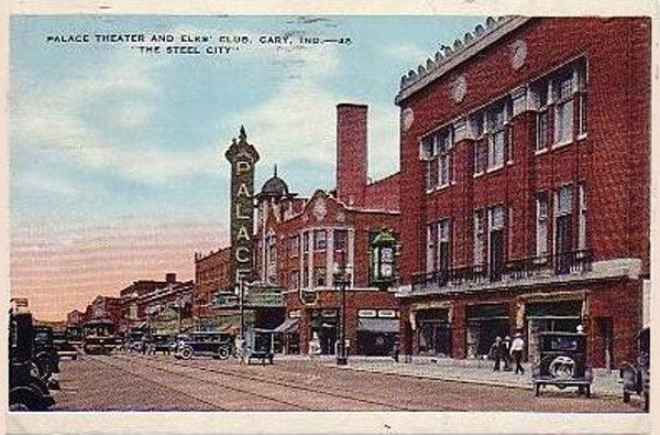 PalaceTheatre and sears 1920