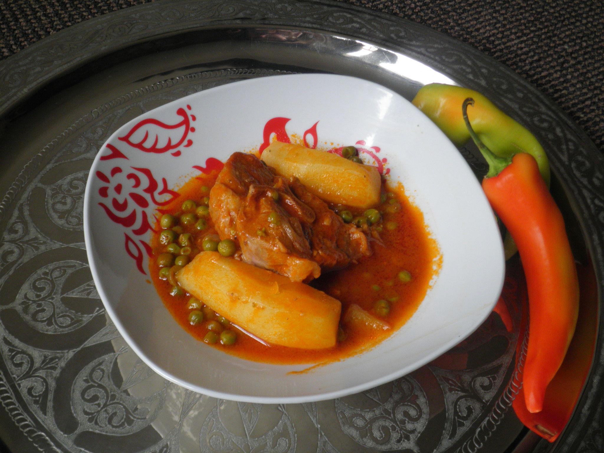 Market jelbana ragout de petits pois cuisinedefarida - Cuisine tunisienne traditionnelle four ...