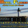 qsl-FRA-134-Calais-West-Pier-lighthouse